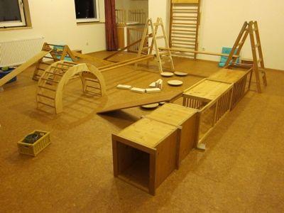 Material pikler spielraum motorik spiel bewegung for Raumgestaltung montessori