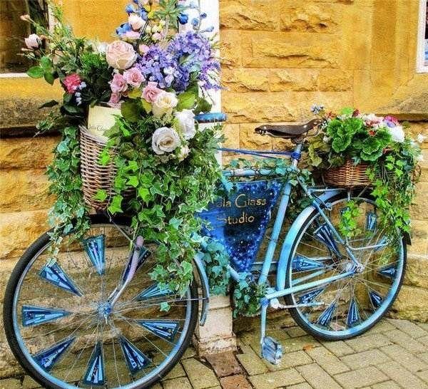 ideen f r gartengestaltung dekor altes fahrrad upcycling garten pinterest upcycling. Black Bedroom Furniture Sets. Home Design Ideas