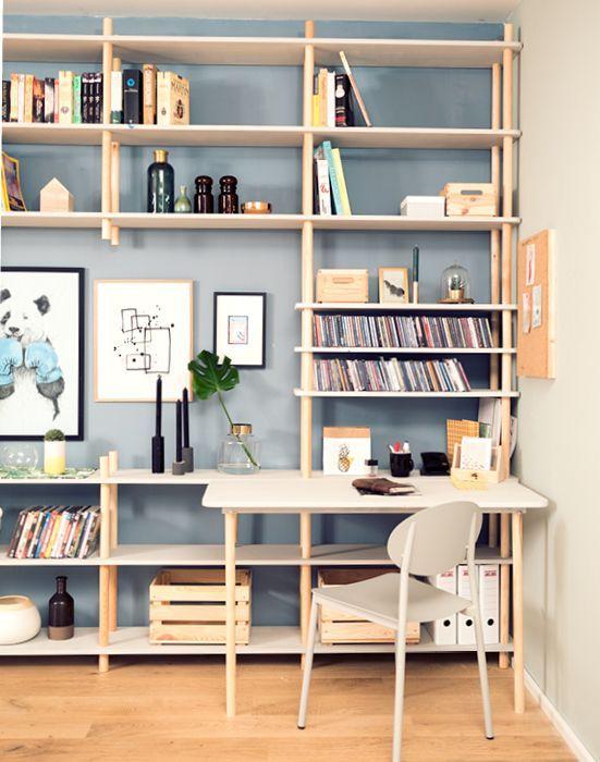 Home Office stilvoll in das Wohnzimmer integriert  das passt perfekt zu unserer   Regale jetzt selber bauen  DIY