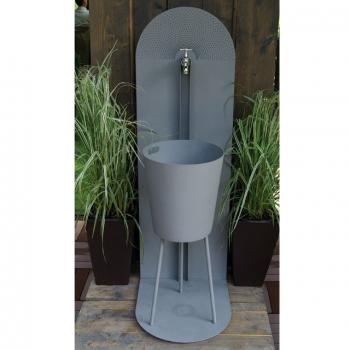 robinet exterieur design deco recup jardin in 2019. Black Bedroom Furniture Sets. Home Design Ideas