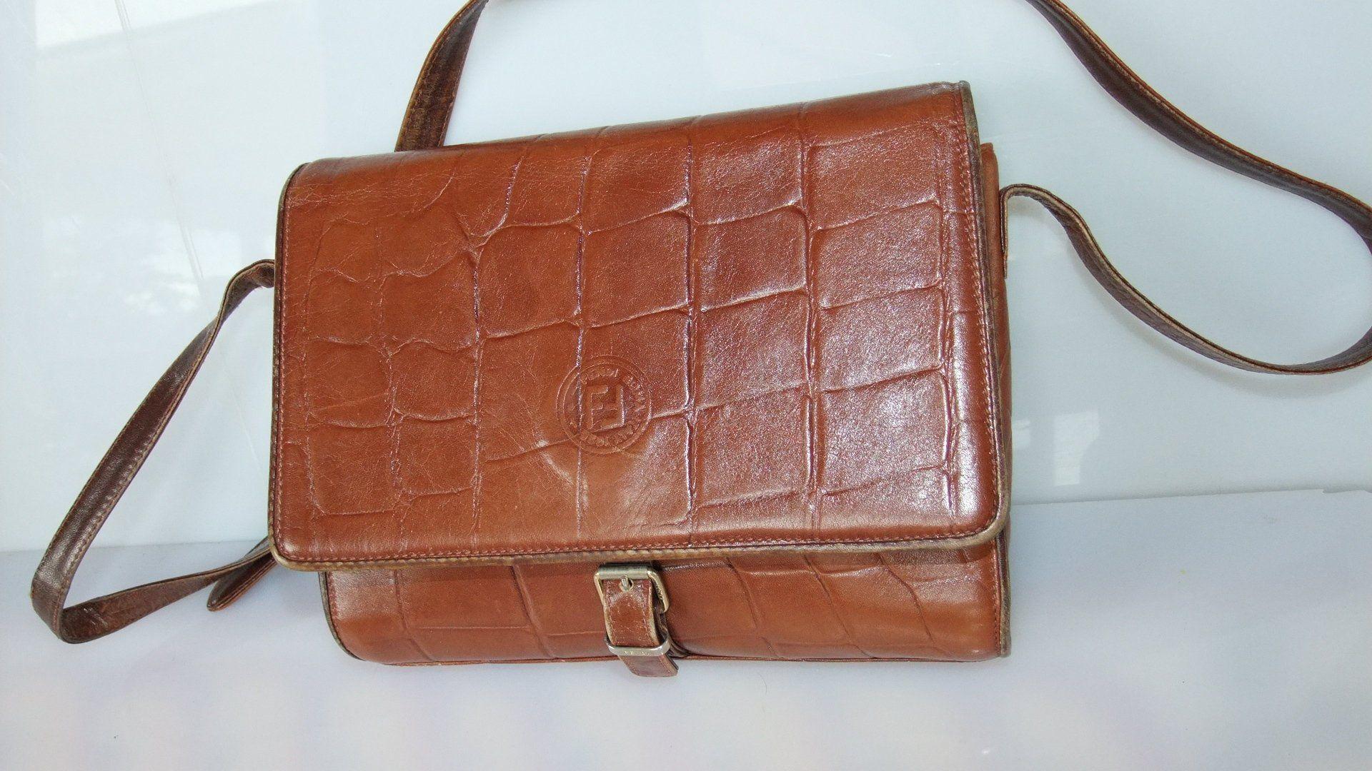 0704511d6942 vintage fendi bag