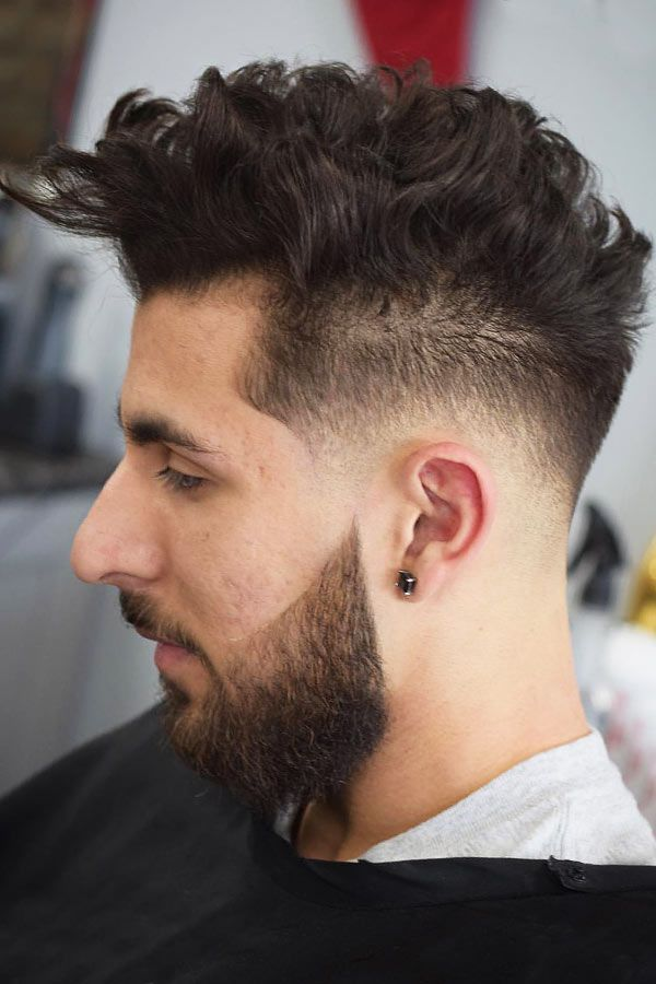 55+ Sexiest Short Curly Hairstyles For Men | MensHaircuts.com in 2020 | Curly hair styles, Short ...