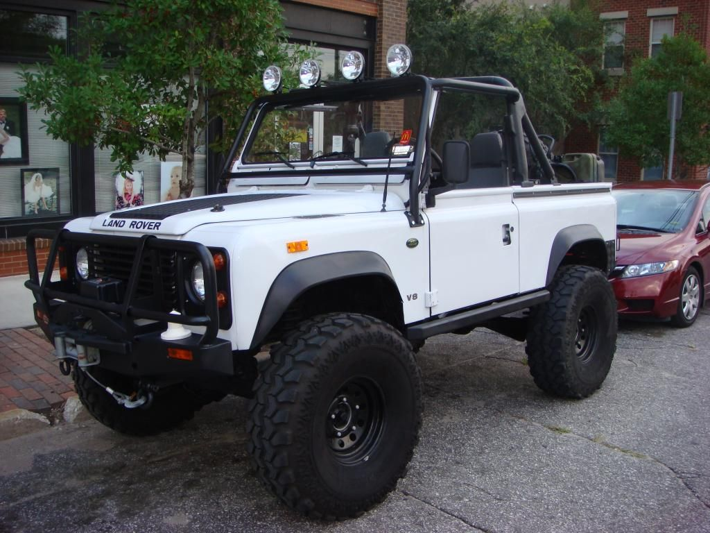 2246 jpg 1024 768 white d90 soft top lifted defender 90landrover