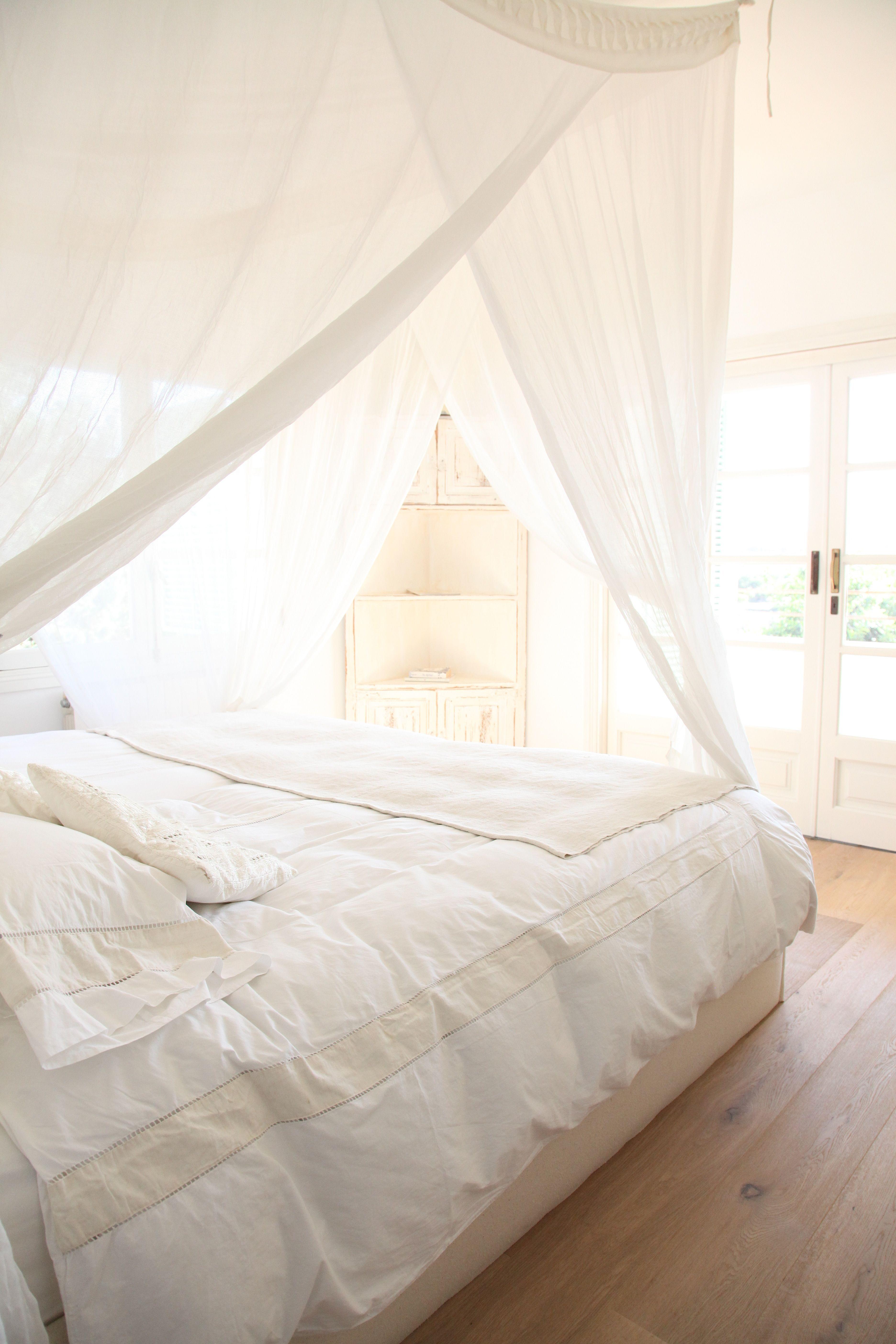 Inspiration für das Schlafzimmer!   Barefoot Living by Til Schweiger #einrichtung #interior #bett