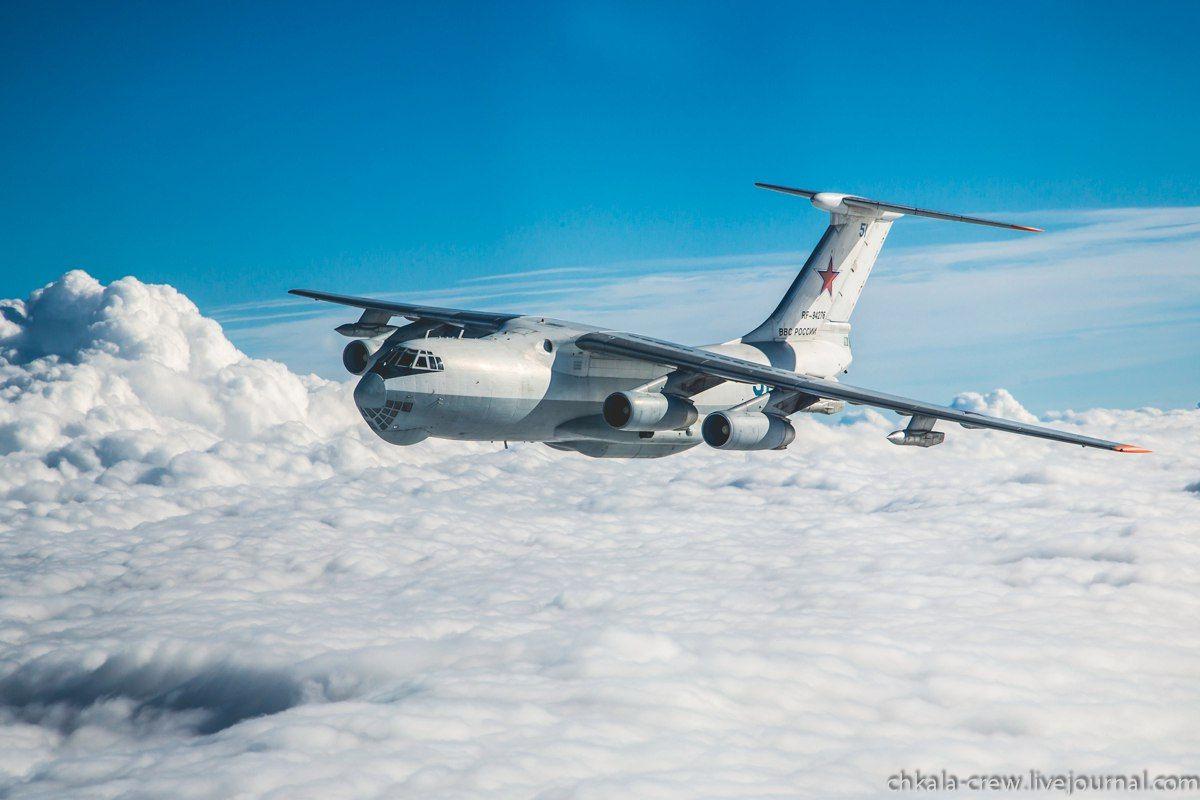 Обои Самолёт, Il-76, ВВС Украины, Ильюшин, Военно-транспортный. Авиация foto 13