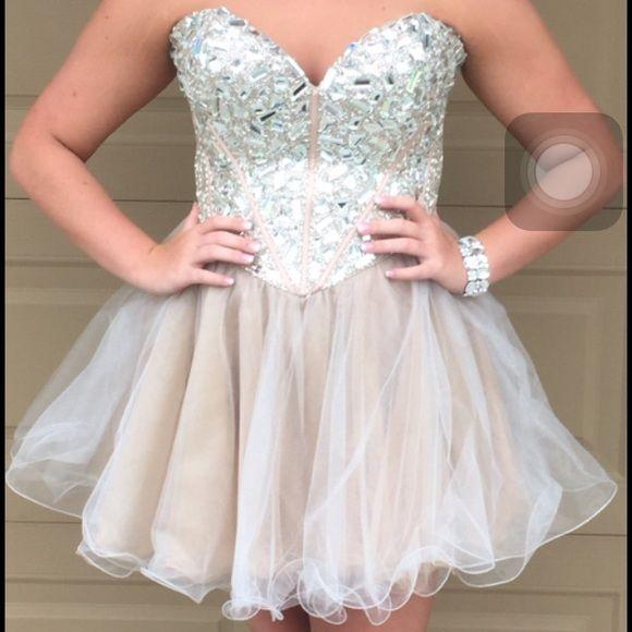 Sherri Hill Short Prom Dress Size 18 Color