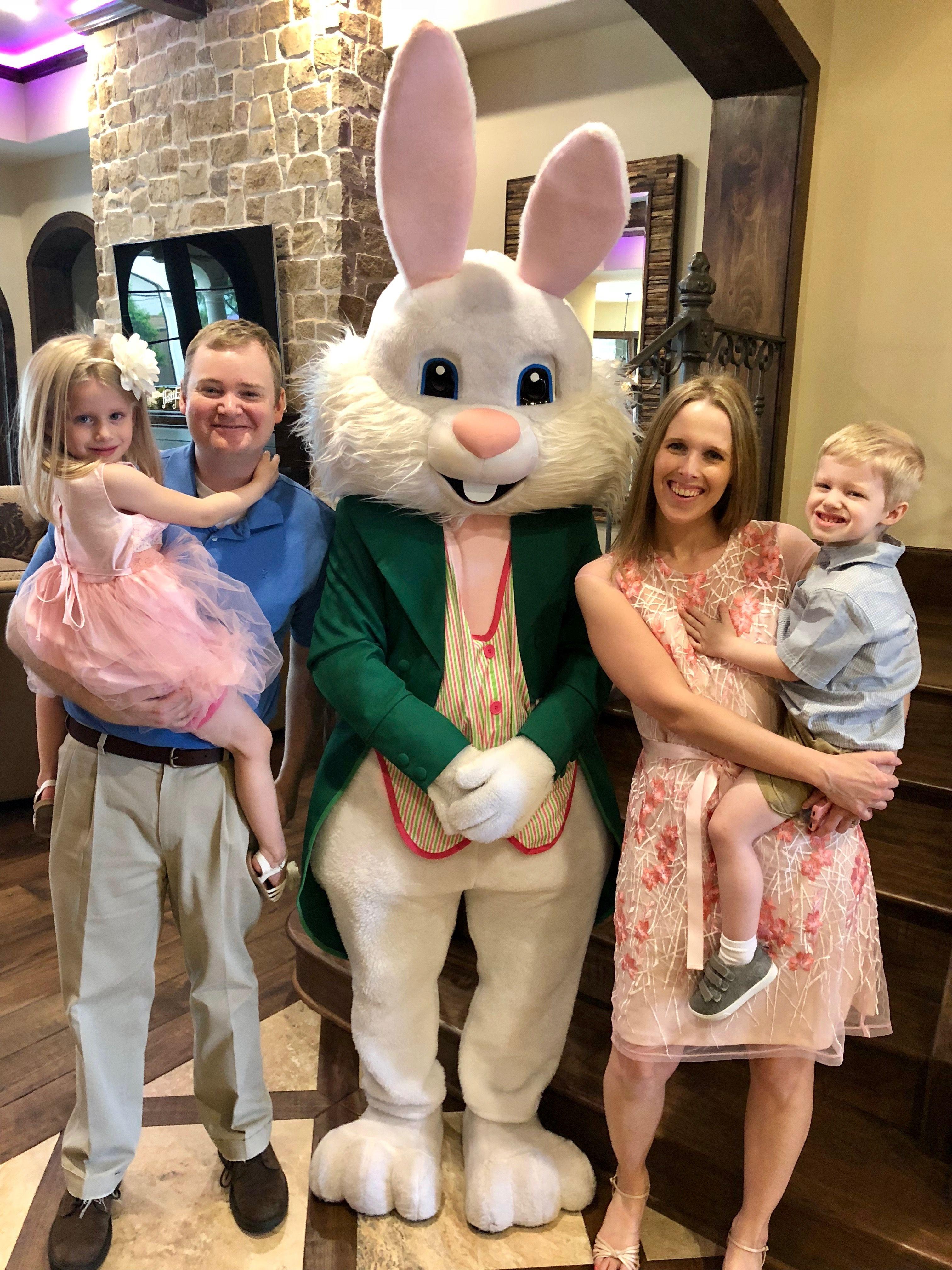 Sister's family Easter sunday, Easter luncheon, Egg hunt