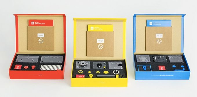 Coding kits for all. Make a camera, speaker & lightboard – like Lego. Learn with simple steps and stories. Play together, take control.