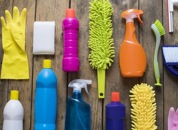 10 Life Hacks für das Putzen Hier sind die 10 besten Life Hacks, die das Putzen vereinfachen. Und – so viel sei verraten – für traumhaften Duft in deiner Wohnung sorgen.