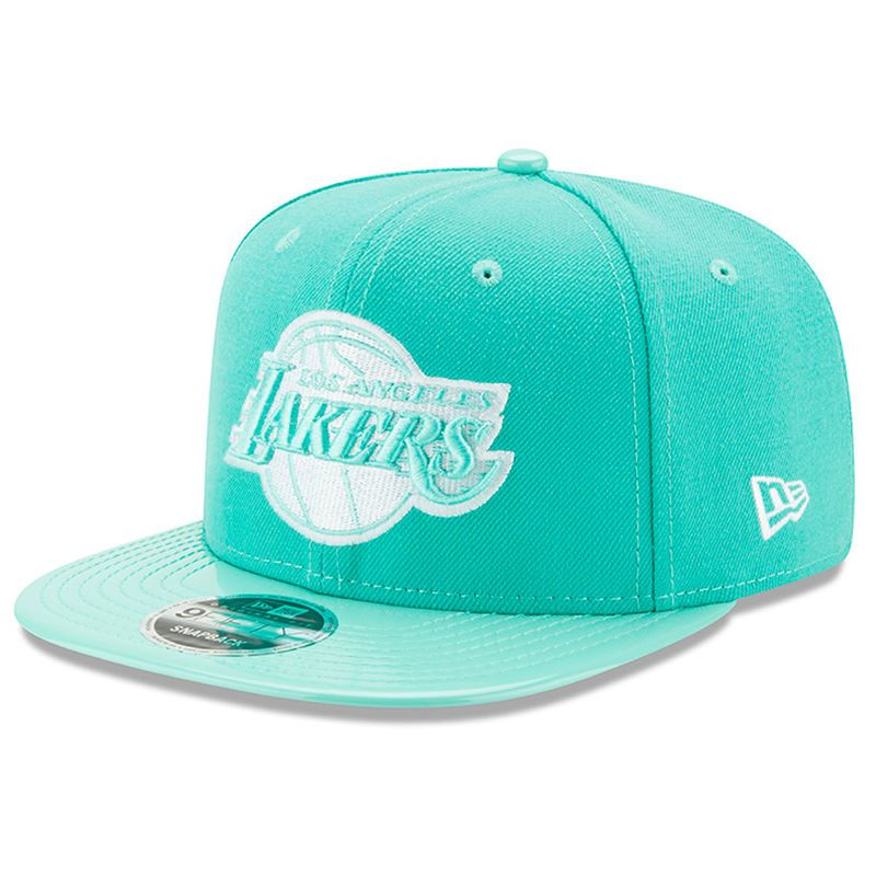 af25b9c2aa2 Los Angeles Lakers New Era Solid Shine 9FIFTY Snapback Adjustable Hat - Mint  Green