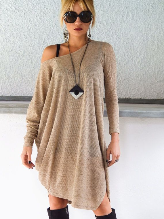 Beige Knitted Semi-Transparent Long Sleeve Dress door SynthiaCouture