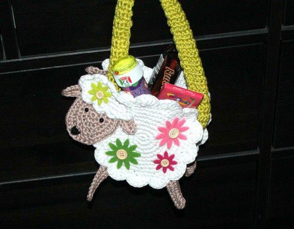Häkelanleitung Lammkörbchen mit Blumen