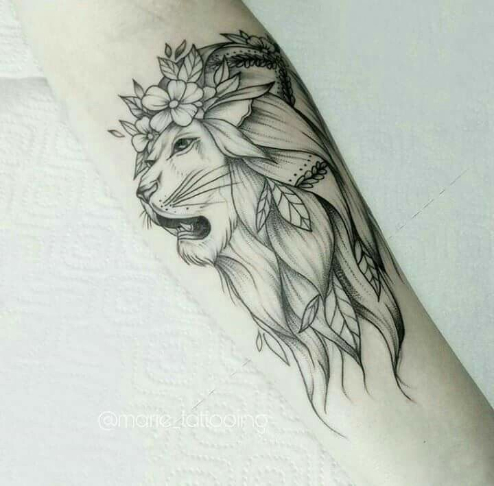pin by isabella on tatto in 2018 pinterest tattoos lion tattoo and tattoo designs. Black Bedroom Furniture Sets. Home Design Ideas