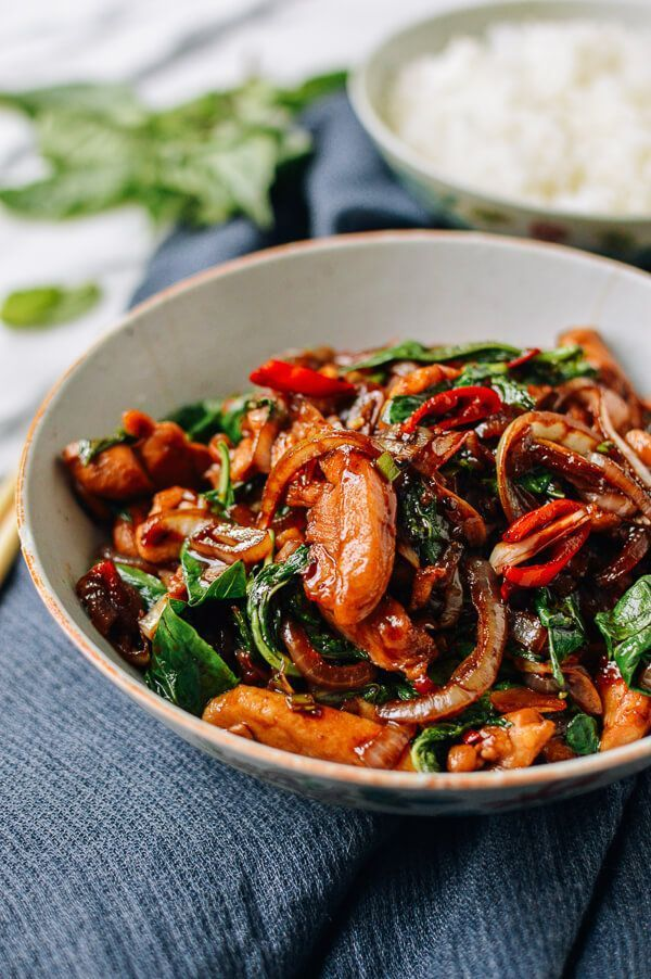 Thai Chicken Stir-fry with Basil & Mint #howtostirfry
