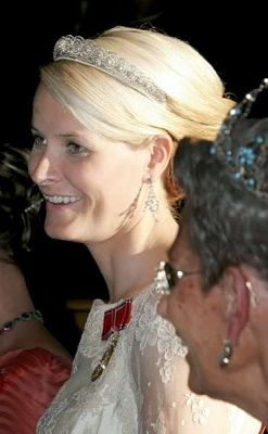 Crown Princess Mette-Marit wore this tiara for a dinner during the Japanese State Visit on May 10, 2005.