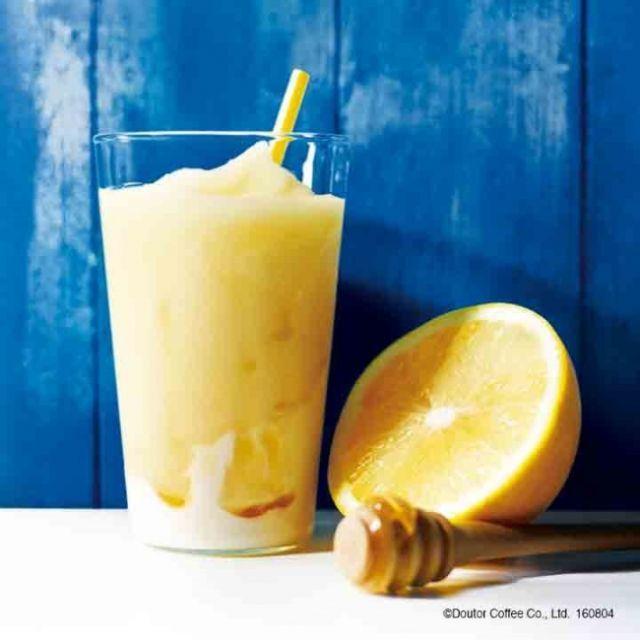 真夏のさっぱりフローズン エクセルシオールから ハニーグレープフルーツ ヨーグルト が新登場 Macaroni フローズンドリンク フローズン ヨーグルト