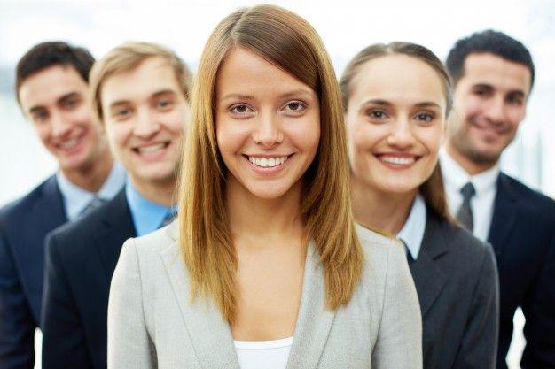 estudiantes, universitarios, jovenes, trabajo, sonrisa