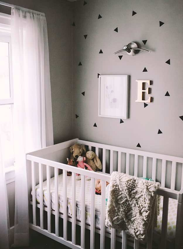 Elegant Minimalist Baby Room Themes | Baby Room Themes: 21 Ways To Design A Nursery  |