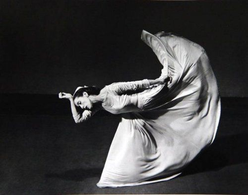 Martha Graham performing Letter to the World, 1940, photo by Barbara Morgan