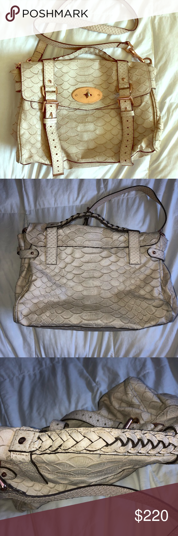 Mulberry Bag Beautifully made Mulberry Bag.Can be used as a Sling Bag or just a shoulder bag. Mulberry Bags Shoulder Bags #mulberrybag