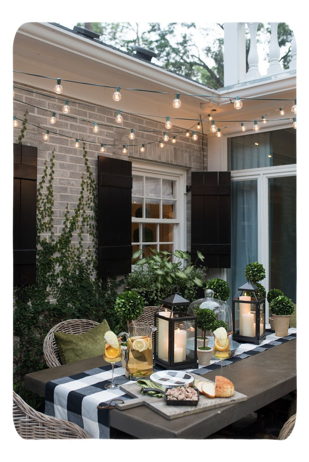 Budget Decorating. Low-priced finds help make a huge effect on a stylish house o... - #budget #decorating #effect #finds #house #priced #stylish - #HomeDecoratingIdeas