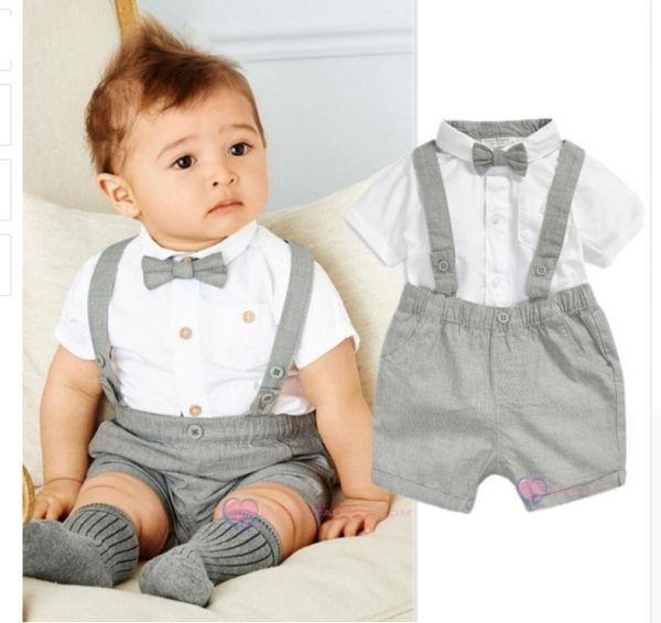 5f6c937f9b *Conjunto Mini Bebê Cavalheiro - Camisa de Manga Curta, Gola Bebê e Gravata  Borboleta + Short com Suspensório, para Recém-nascidos (3-24 meses).