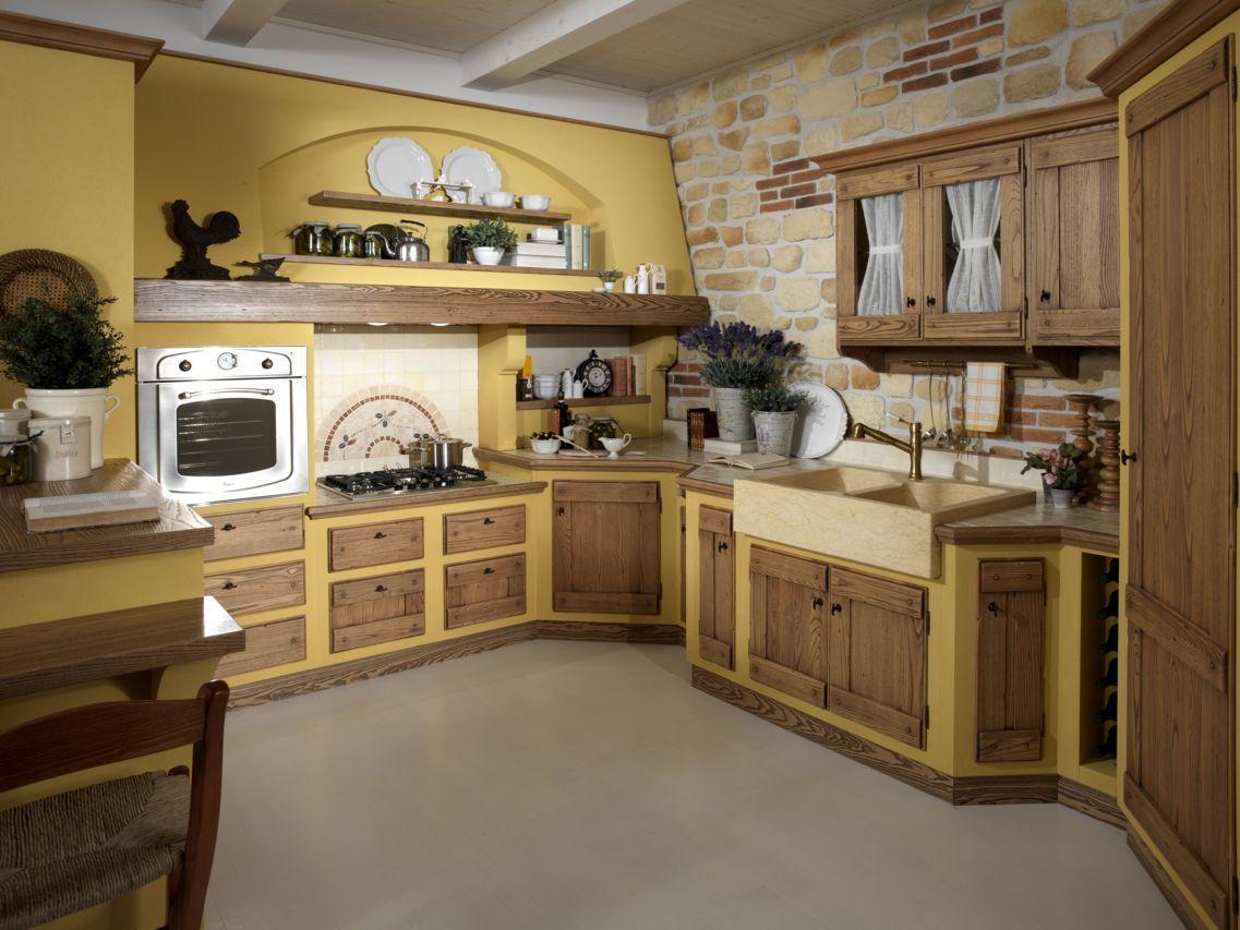 Progetto cucina in muratura classica - sportelli e cassetti in legno ...