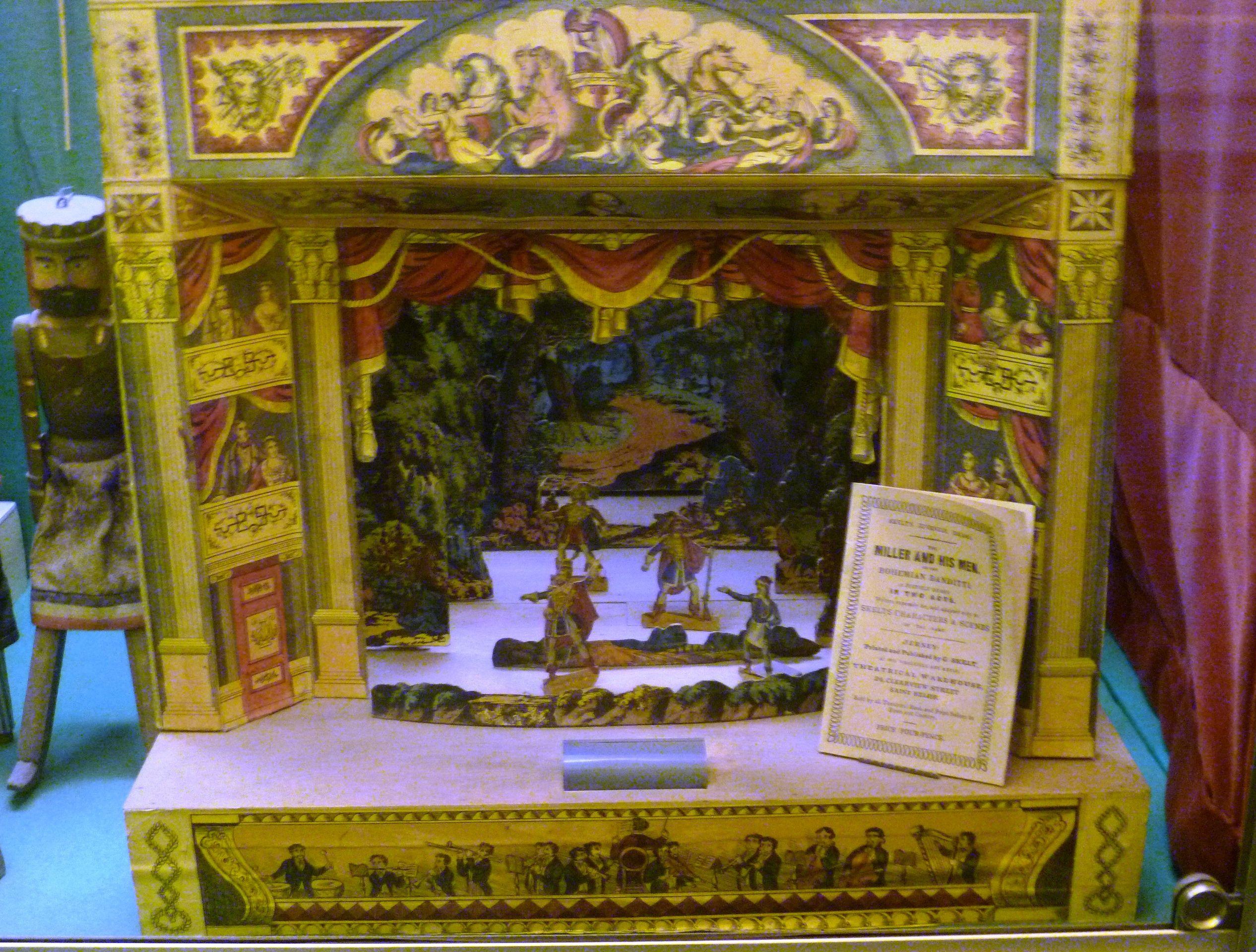 Toy Theatre | Description Toy theatre (c.1845-50), Edinburgh Museum of Childhood.JPG