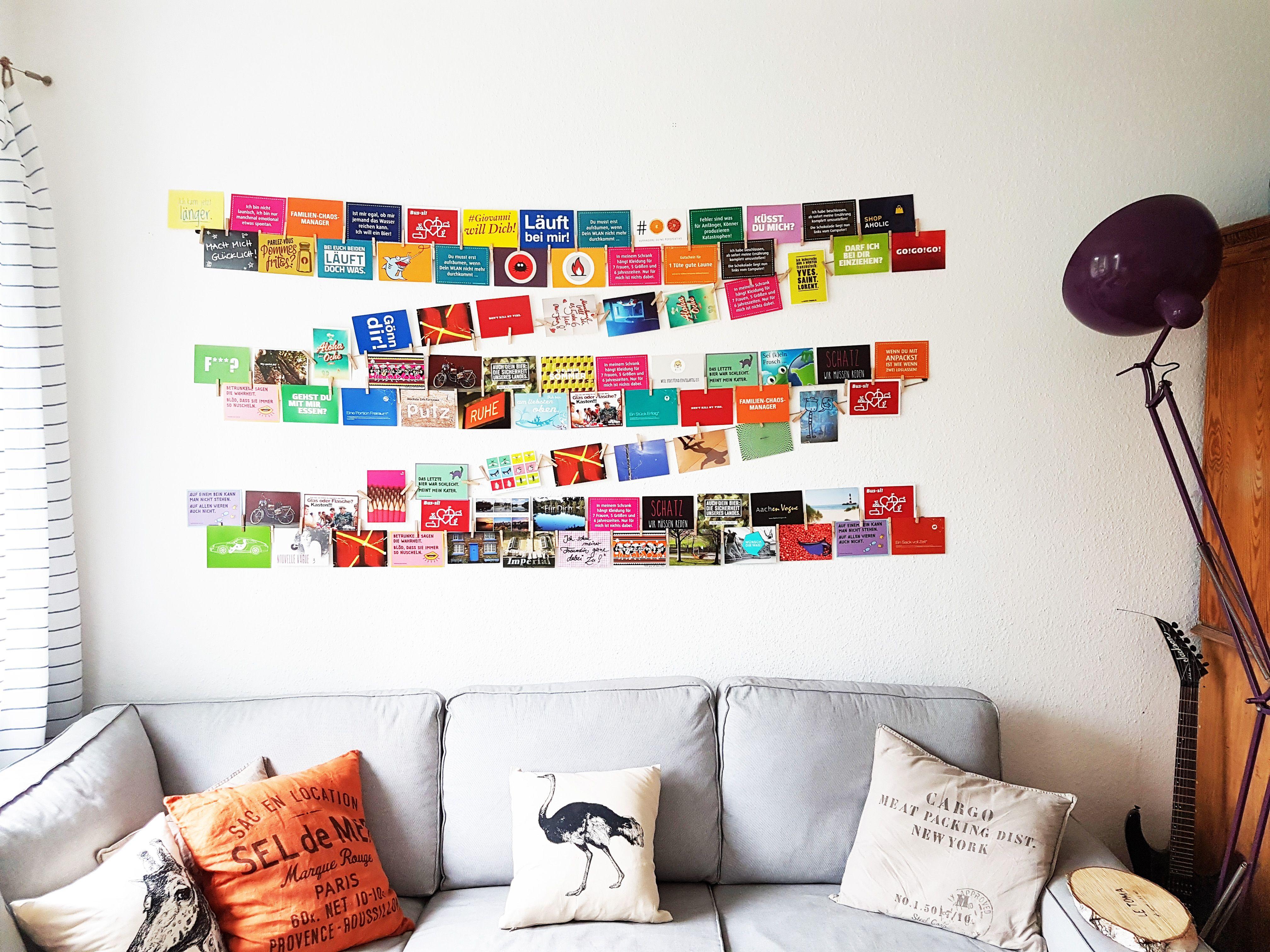 geniale idee um viele fotos und postkarten einfach auf der wand zu pr sentieren wanddeko. Black Bedroom Furniture Sets. Home Design Ideas