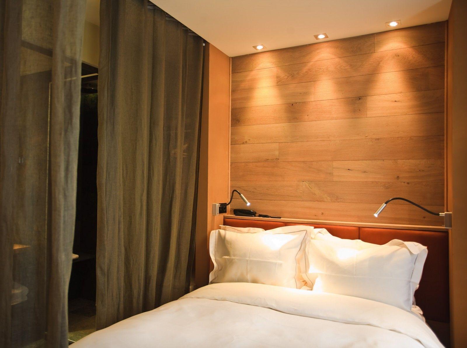 lampe de lecture chambre principale lampe de lecture. Black Bedroom Furniture Sets. Home Design Ideas
