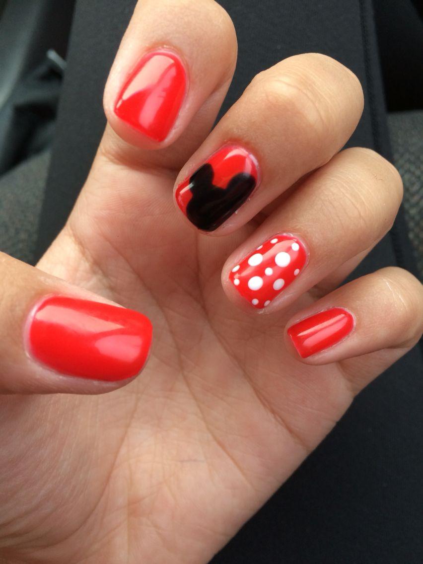 Mini/Micky mouse nails! | nails | Pinterest | Diseños de uñas ...