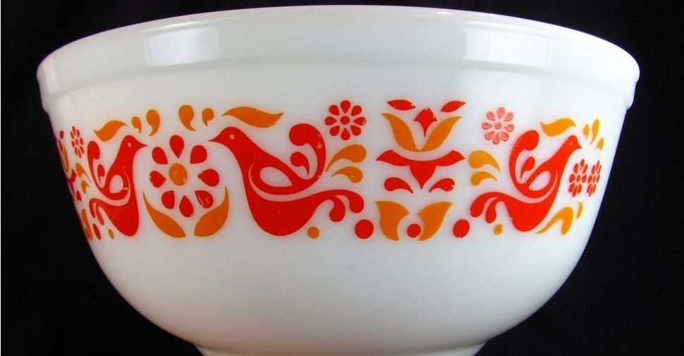 Image from http://pyrexmixingbowls.com/wp-content/uploads/2012/08 ...