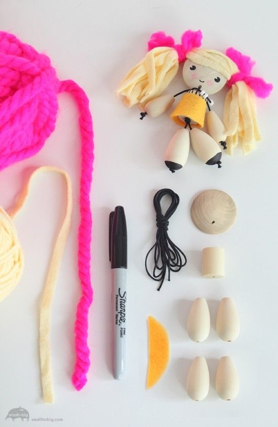 ¿Les gustan las muñecas? Miren que fácil puede ser realizar una colección y entregarlas como regalo con este DIY