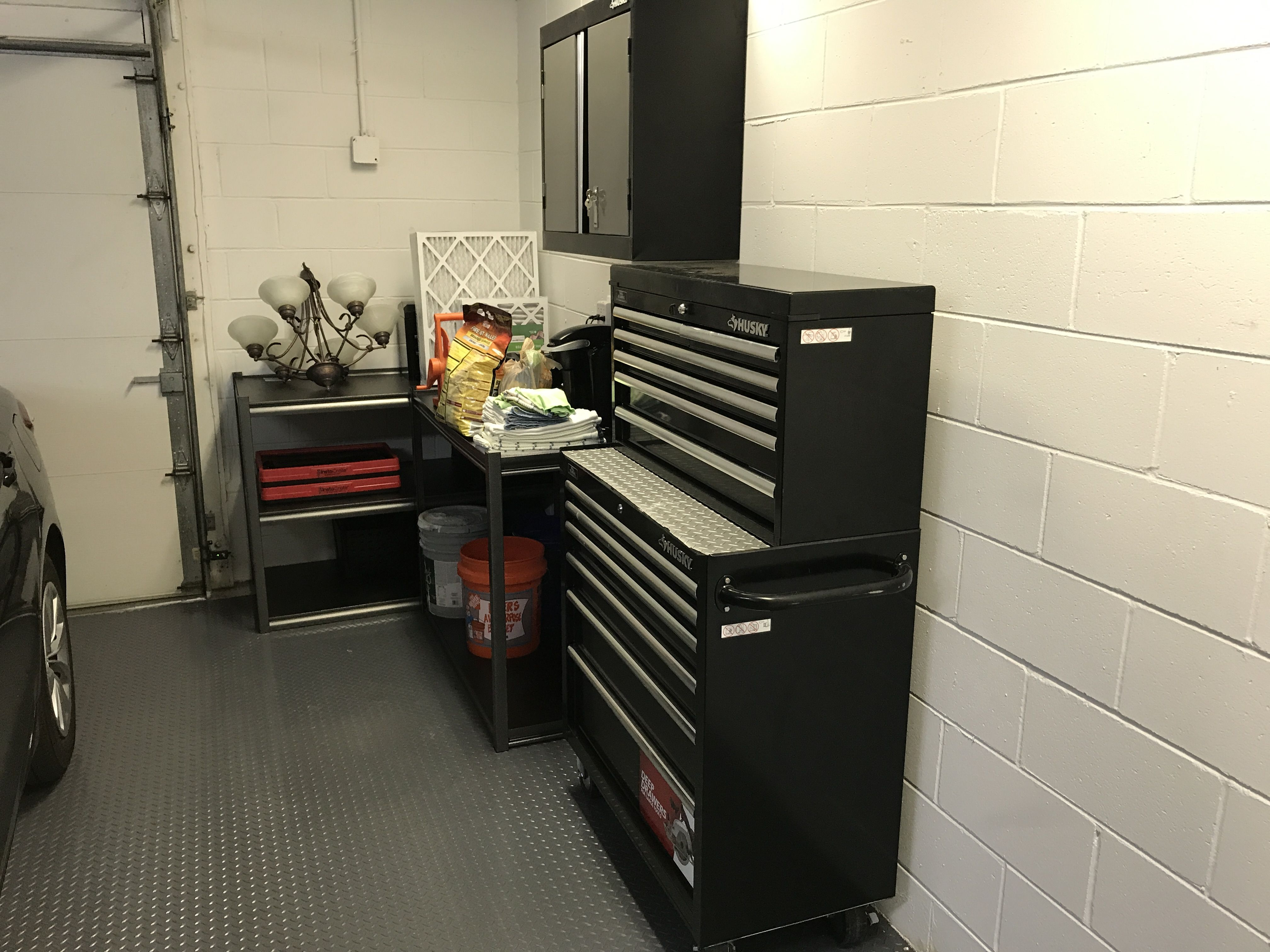Husky Rolling Tool Chest And Wall Mounted Husky Garage Storage