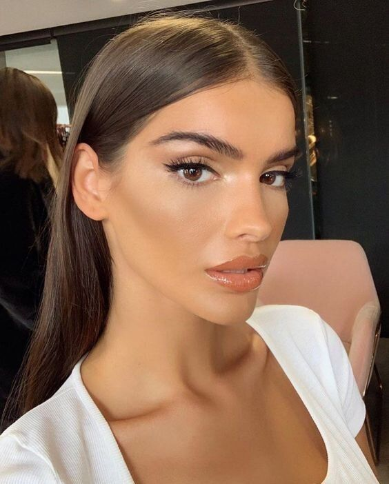 25 Insanely Gorgeous Makeup Looks to Try — Anna Elizabeth #makeupinspo #beauty
