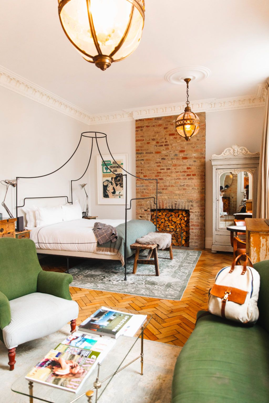 Wohnzimmerdesign London Where To Stay In London Artist Residence Hotel In  New