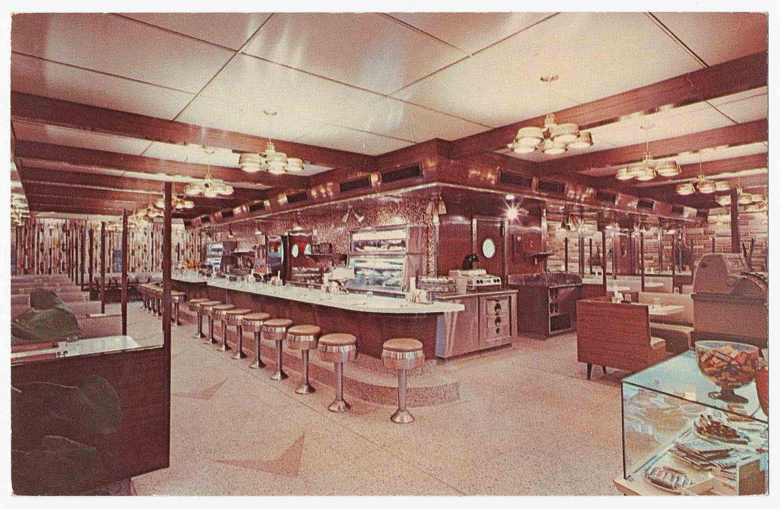 Plain And Fancy Diner Restaurant Allentown Pa L Shaped 1959 Fodero Diner Restaurant Diner Cool Restaurant