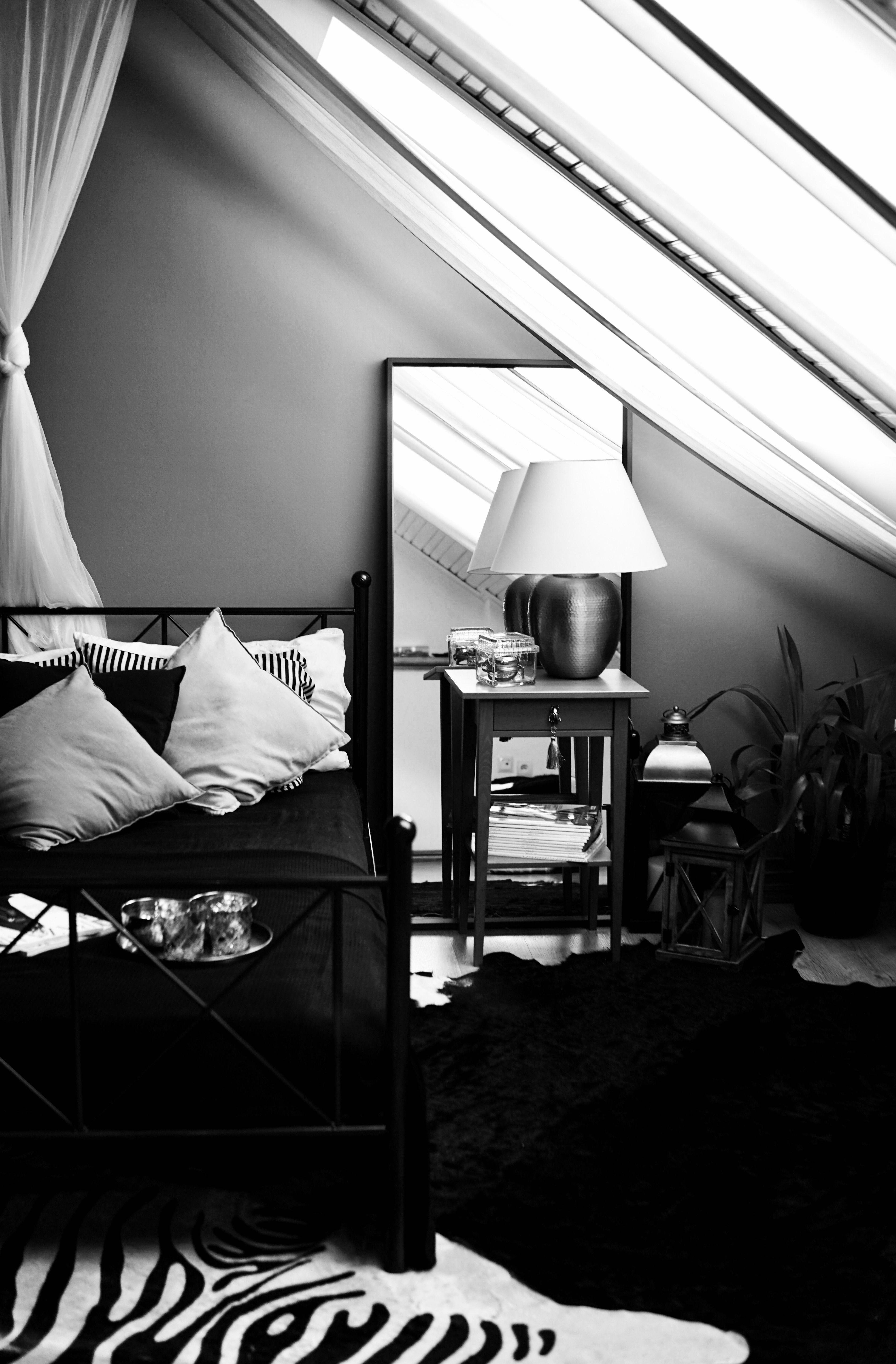 Bedroom Bedroom Ideas For Small Rooms Bedroom On Attic Sypialnia Na Poddaszu To Zawsze Wyzwanie Jednak Odpowiedn Small Room Bedroom Small Rooms Home Decor