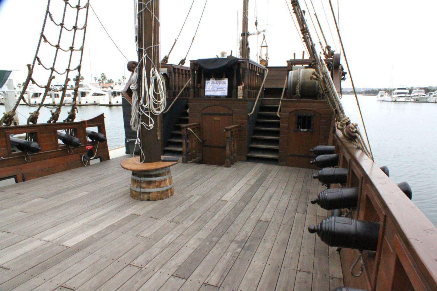 Captains Cabin And Deck Statki Pirackie Statek
