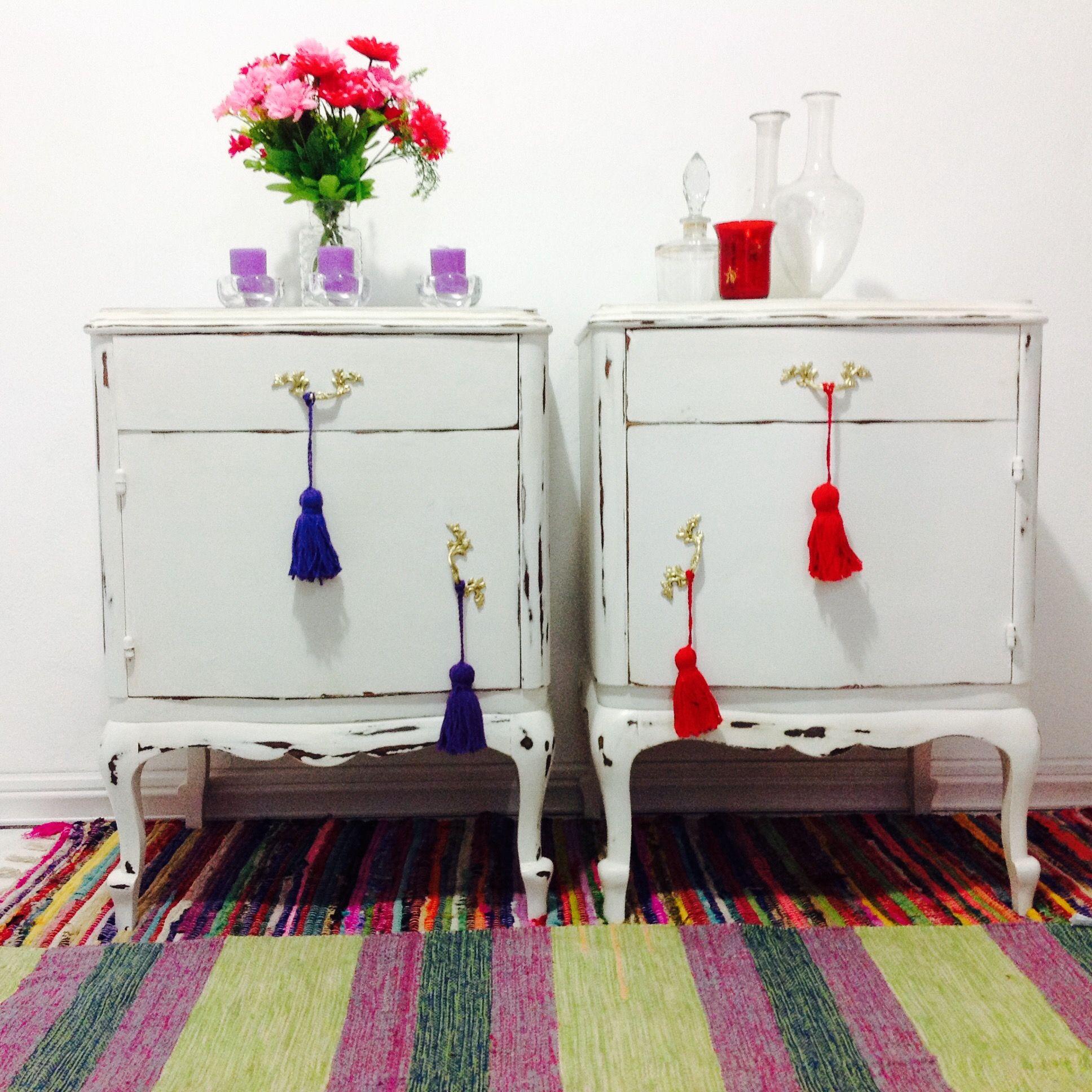 Pin De Vintouch Muebles Reciclados Pintados A Mano En Mesas De  # Muebles Diferentes Estilos