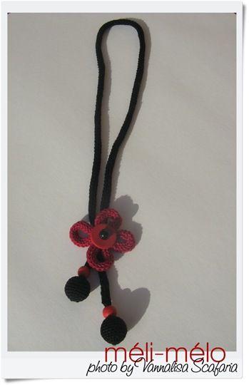 crochet_necklace_collana