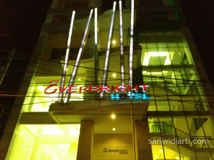 hotel everbright surabaya