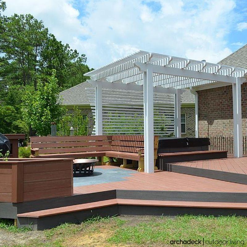Wider deck steps lend a graceful decktoyard transition