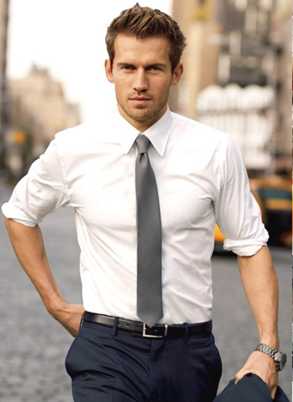 skinny tie, fitted shirt