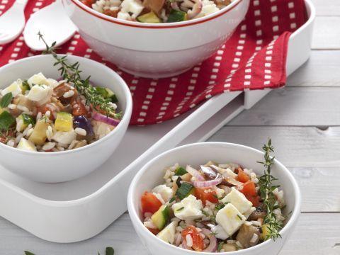 insalata-di-riso-con-ratatouille-e-mozzarella immagine