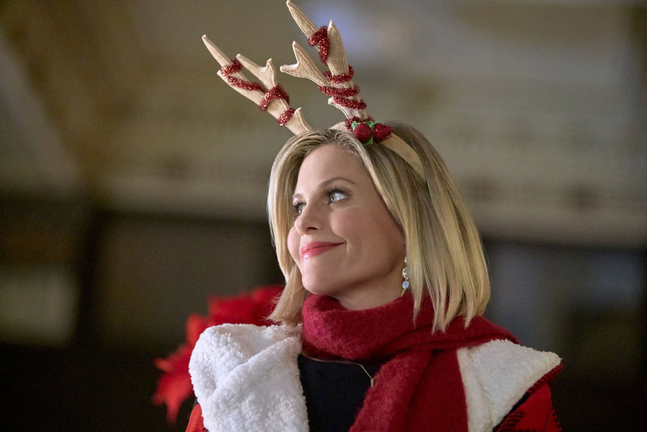 Check Out The Photo Gallery From The Hallmark Channel Original Movie A Shoe Addict S Christmas Starring Cand Candace Cameron Candace Cameron Bure Shoe Addict