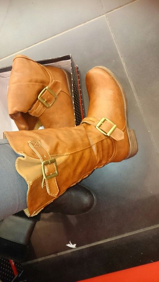 New long Brown boots... I buy it from togo shop...  24-11-2015