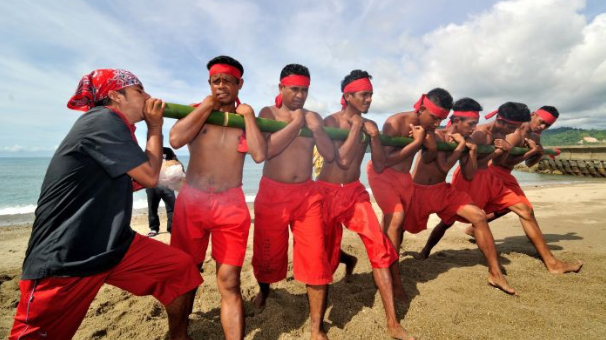 Gambar Rumah Adat Provinsi Maluku