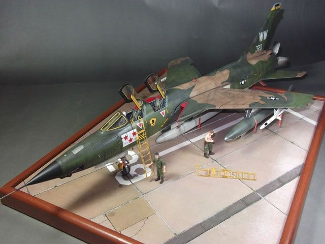 Hobbyboss 1 48 Scale F 105g Thunderchief By Ivan Aceituno Aircraft Modeling Model Aircraft Model Planes