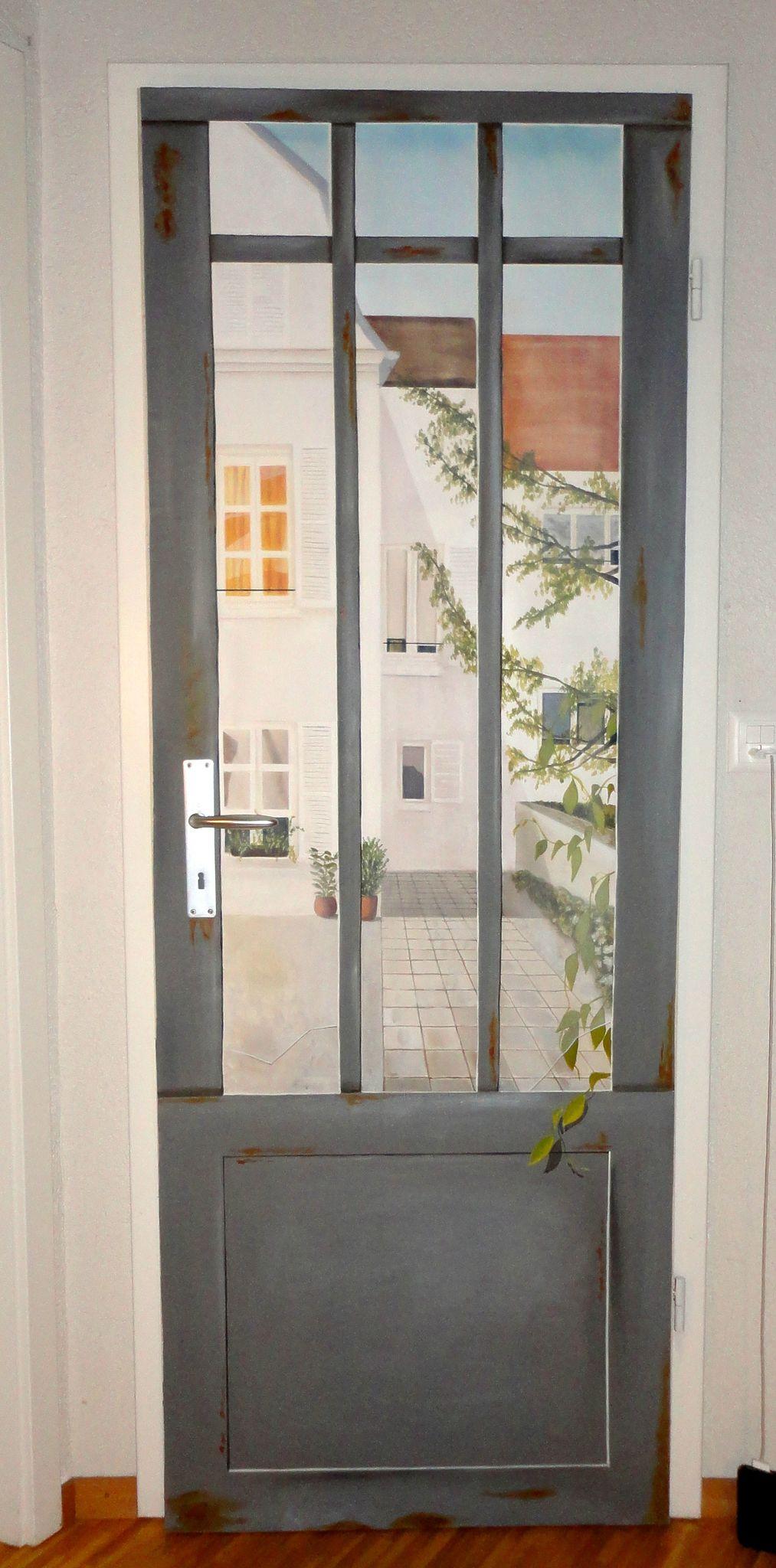 Sobre una puerta. Διακόσμηση τοίχου, Τοίχοι, Διακόσμηση